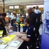 Policjanci rozmawiali o bezpieczeństwie w galerii handlowej