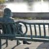 """""""Oszalikujemy"""" Staszica siedzącego na pilskiej ławeczce"""