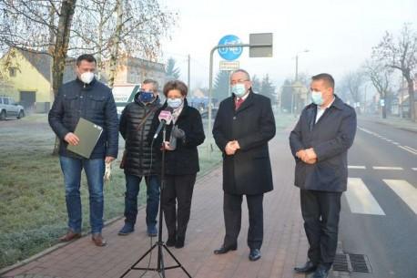 """Paszyk: ,,Czy chcecie pozbawić mieszkańców Osieka, Wielkopolski i całego kraju takich inwestycji wetując budżet UE?"""""""