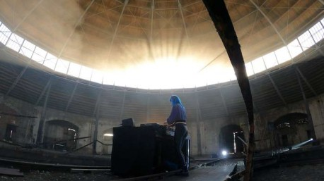 Rave Fanatics zaprasza na streamy materiałów video z Parowozowni Okrąglak w Pile