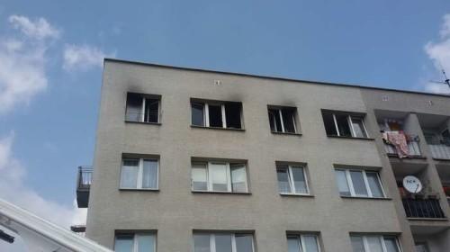 pozar_budynku_wielorodzinnego00