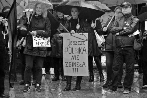 czarny_poniedzialek30
