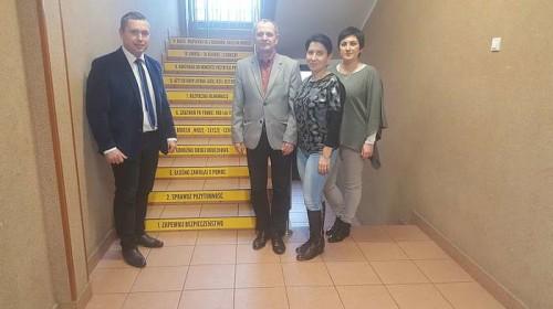 schody_ktore_ucza03