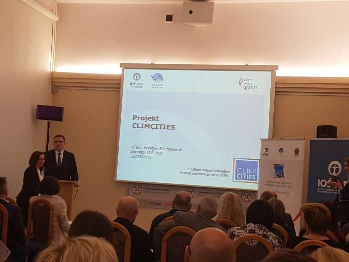 W_Warszawie_o_zmianach_klimatu