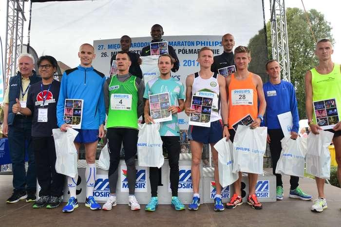kenijczyk_wygrywa_polmaraton103
