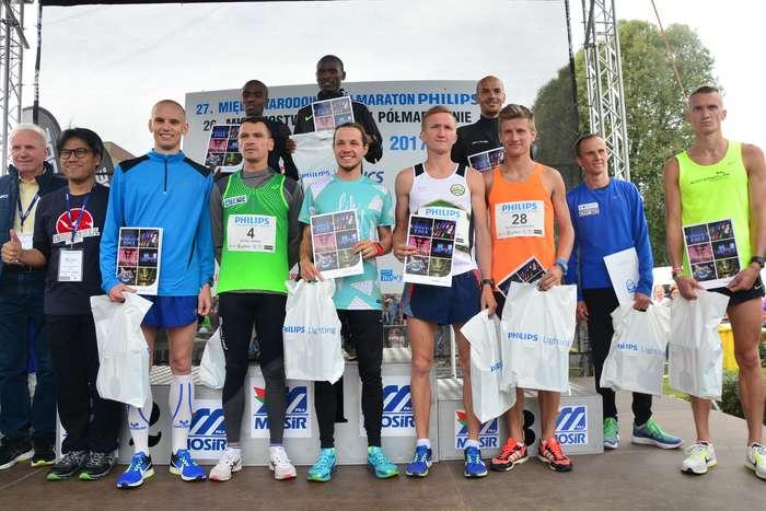 kenijczyk_wygrywa_polmaraton104