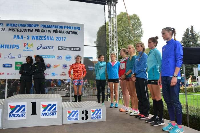 kenijczyk_wygrywa_polmaraton105
