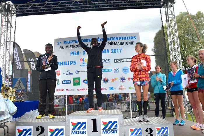 kenijczyk_wygrywa_polmaraton107