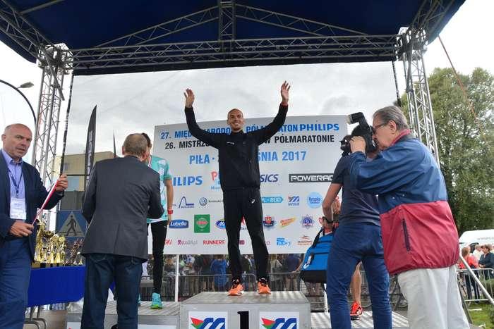 kenijczyk_wygrywa_polmaraton117