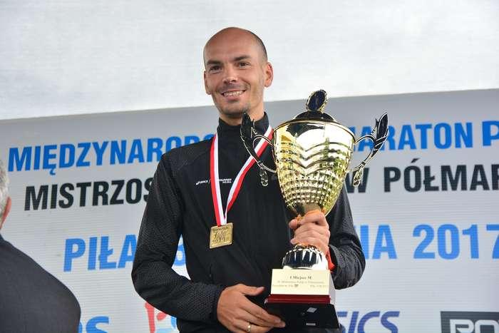 kenijczyk_wygrywa_polmaraton118