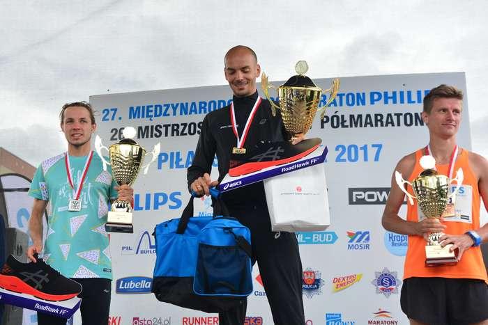 kenijczyk_wygrywa_polmaraton119