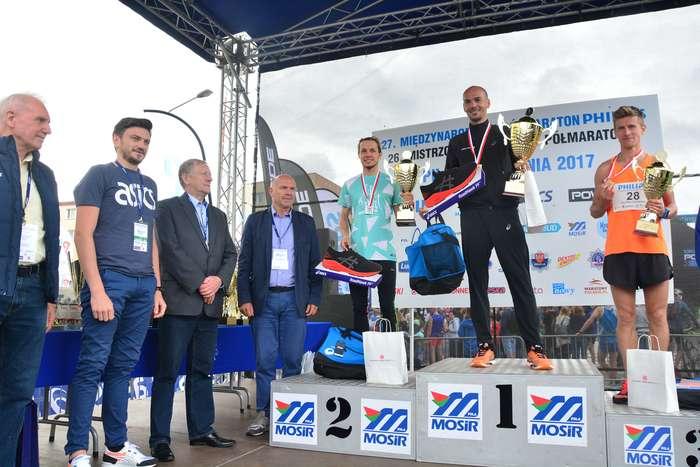 kenijczyk_wygrywa_polmaraton122