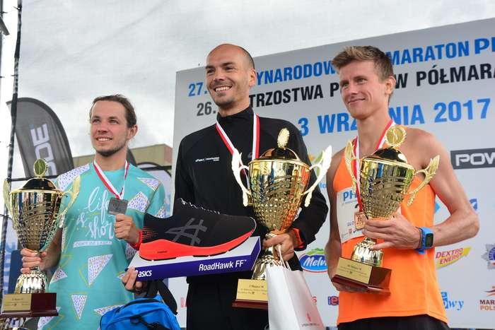 kenijczyk_wygrywa_polmaraton123