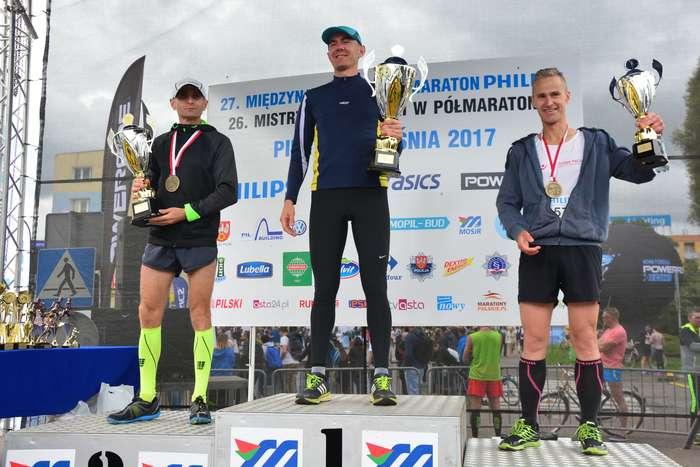 kenijczyk_wygrywa_polmaraton128
