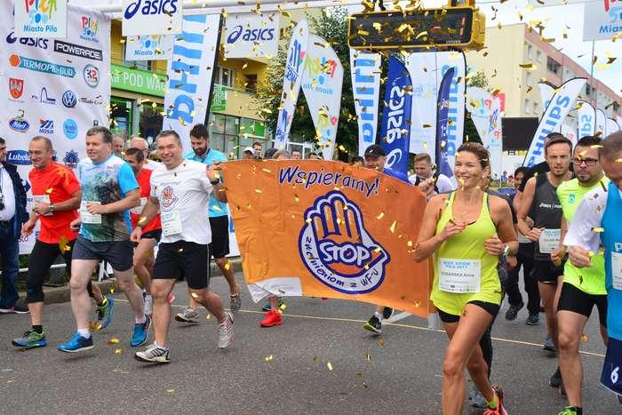 kenijczyk_wygrywa_polmaraton16