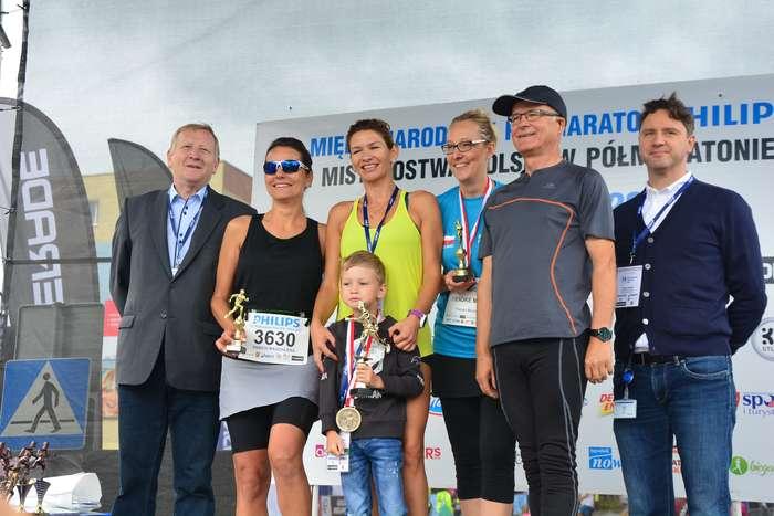 kenijczyk_wygrywa_polmaraton21