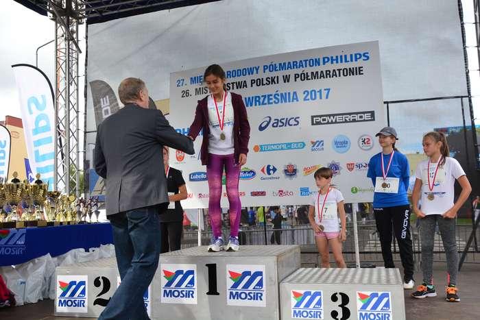 kenijczyk_wygrywa_polmaraton23