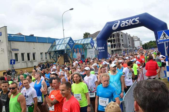 kenijczyk_wygrywa_polmaraton32