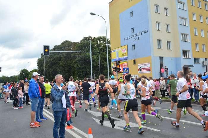 kenijczyk_wygrywa_polmaraton45