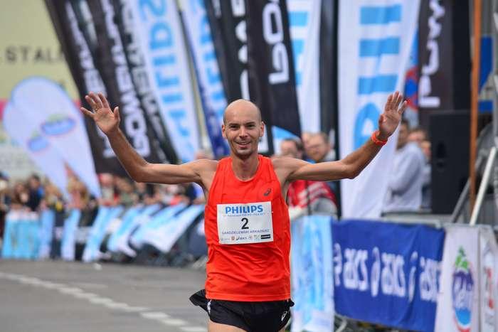 kenijczyk_wygrywa_polmaraton92