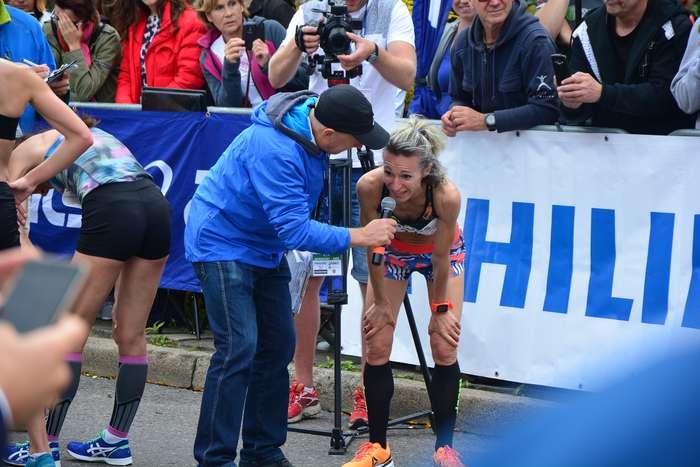 kenijczyk_wygrywa_polmaraton98