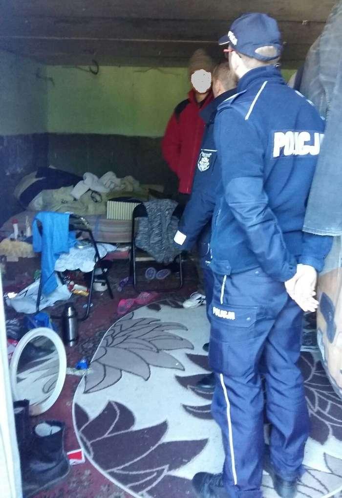 policjanci_pomagaja01