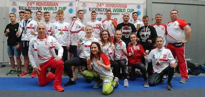 wielki_sukces_kickbokserów04