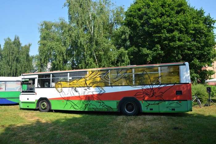 autobusy_niczym_dziela03