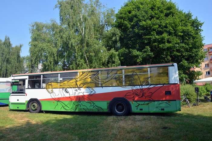 autobusy_niczym_dziela04