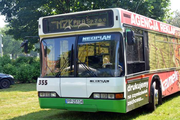 autobusy_niczym_dziela06