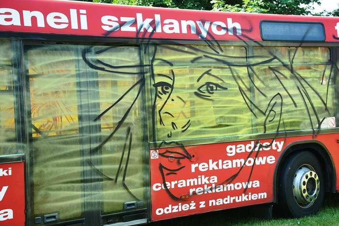 autobusy_niczym_dziela09