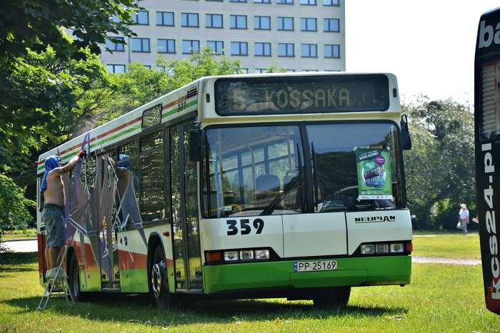 autobusy_niczym_dziela36