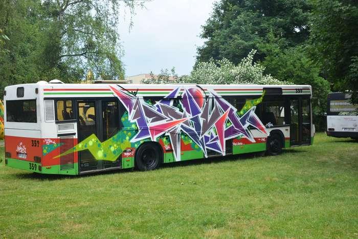 autobusy_niczym_dziela43