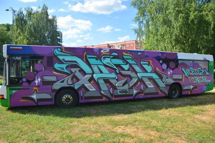 autobusy_niczym_dziela70