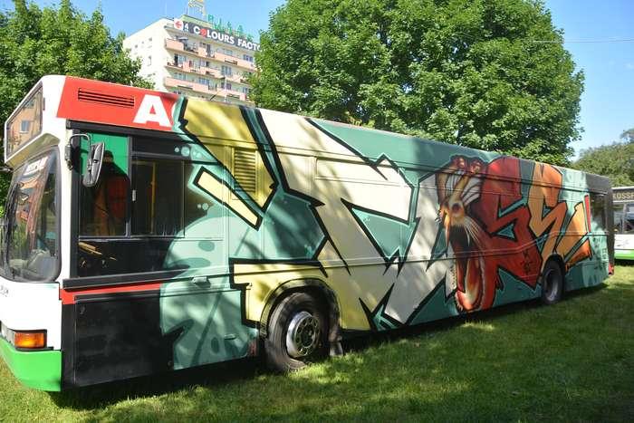 autobusy_niczym_dziela73
