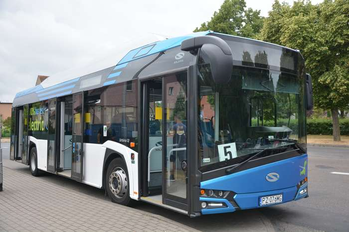pila_testuje_autobus00