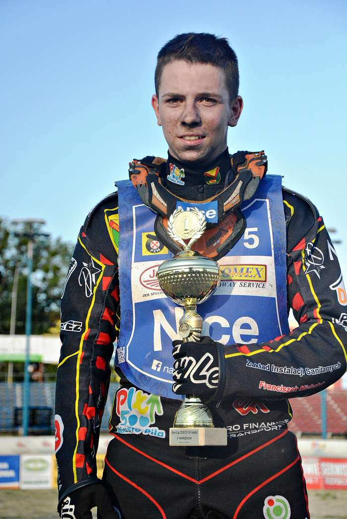 junior_gryszpinski_zwyciezca50