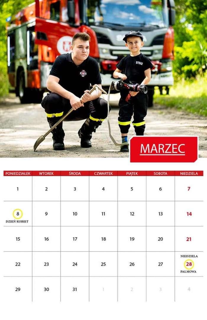 prace_nad_kalendarzem1_01