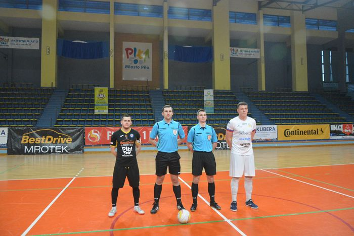 cenna_wygrana_futsalistow_04