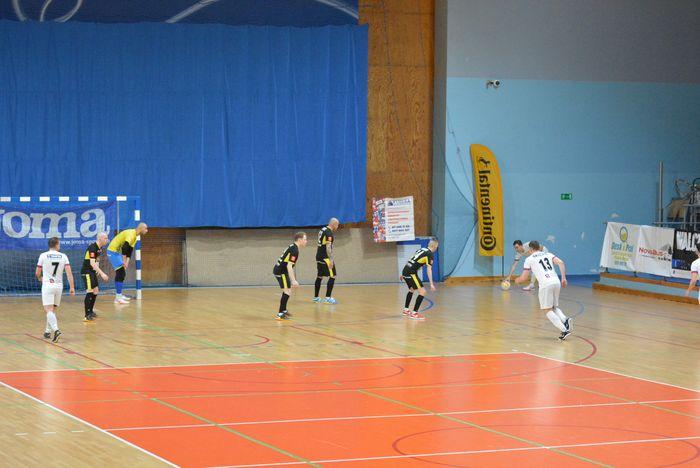 cenna_wygrana_futsalistow_16