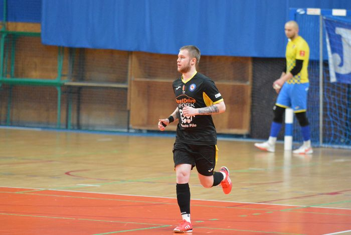 cenna_wygrana_futsalistow_28